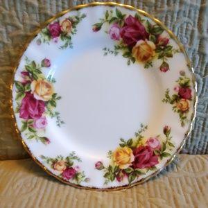 Royal Albert OLD COUNTRY ROSES Dessert/Bread Plate